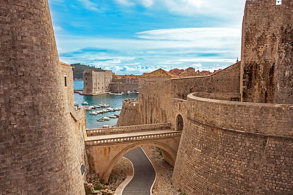 Things to do in Dubrovnik-ancient walls
